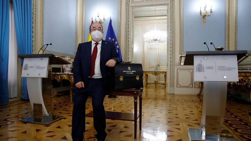 """Iceta toma posesión como ministro de Política Territorial: """"Me gusta España como es diversa, plural, unida"""""""