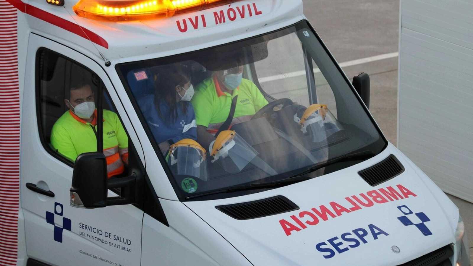La incidencia en España se ralentiza, pero roza los 900 casos
