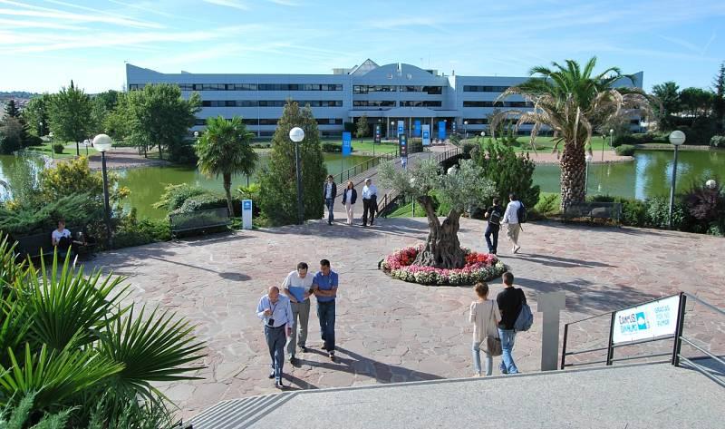 """La Universidad Europea de Madrid realiza un ERE a 275 profesores: """"Hay una merma en la calidad docente"""""""