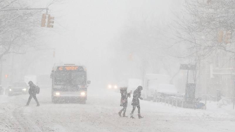 Nueva York vive su particular Filomena y se esperan nevadas de hasta 60 cm