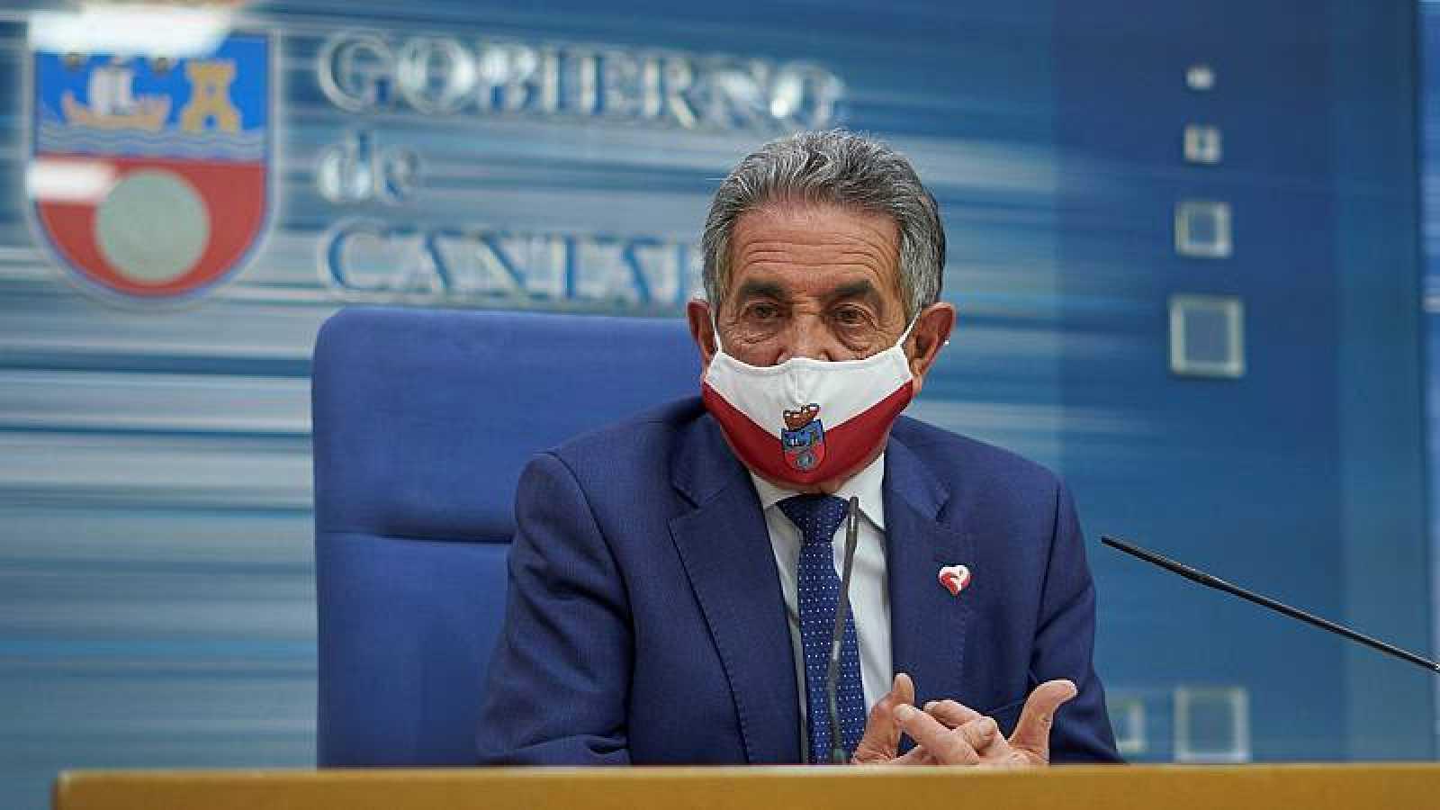 """Miguel A. Revilla, presidente de Cantabria: """"No soy estatalista, como el señor Iglesias, pero por encima de todo está la salud de los ciudadanos"""""""