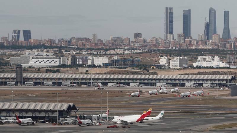 El Gobierno restringe los vuelos de Brasil y Sudáfrica para hacer frente a las nuevas cepas de coronavirus