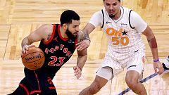Los 54 puntos de VanVLeet para los Raptors, lo más destacado de la jornada en la NBA
