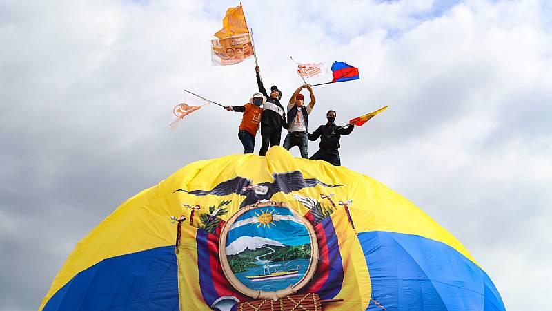 Ecuador elige nuevo presidente con la obligación de votar para todos los ciudadanos a pesar del coronavirus