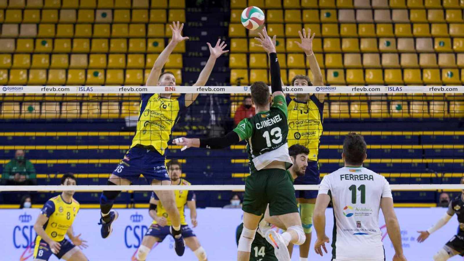 Copa del Rey de voleibol, semifinal: Unicaja Costa de Almería - CV Guaguas - partido completo