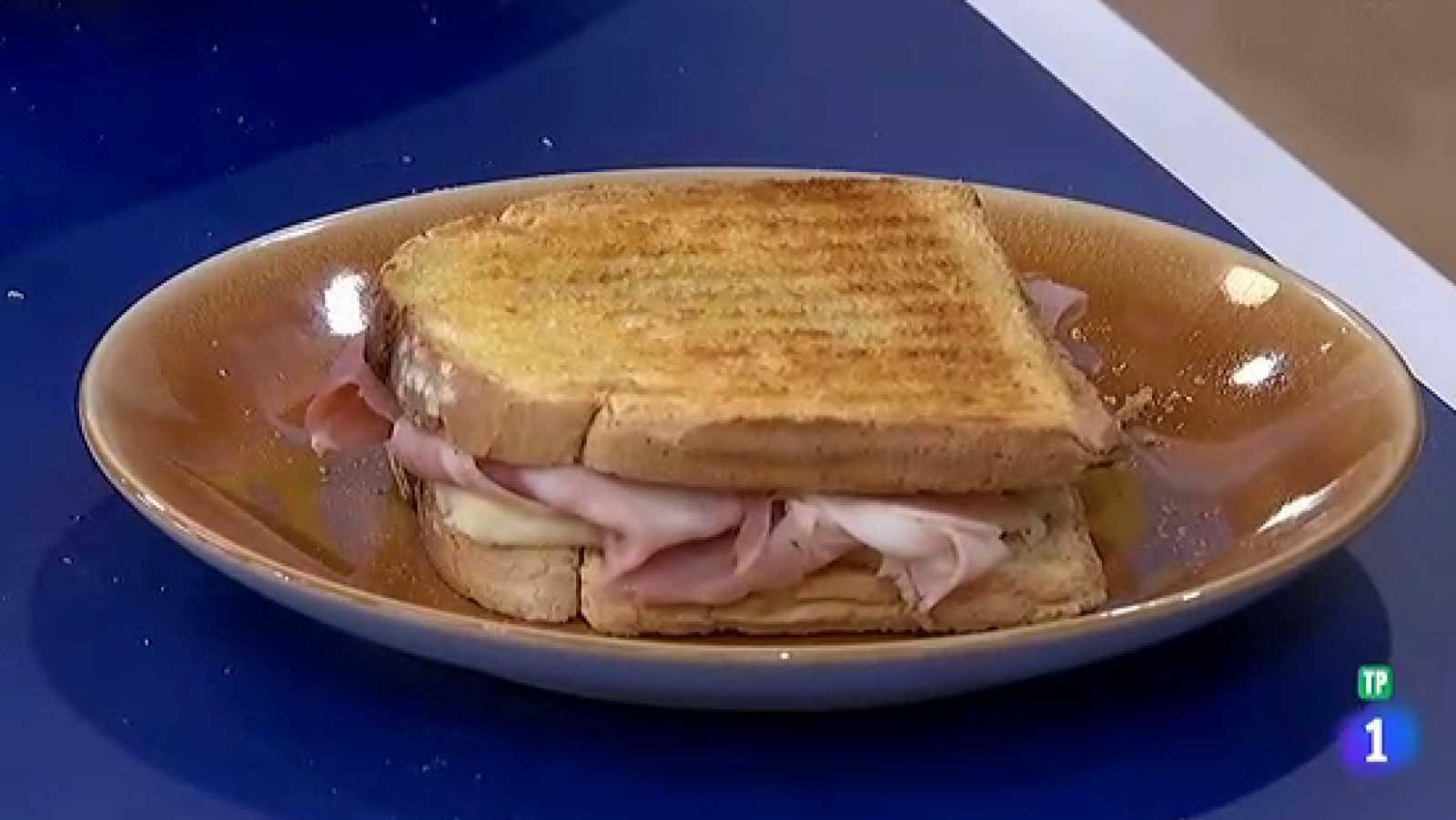 Miguel Ángel Muñoz nos enseña a preparar el sándwich mixto perfecto