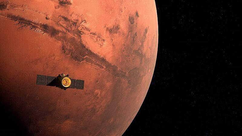 Emiratos Árabes celebra la llegada con éxito de su satélite Hope a la órbita de Marte