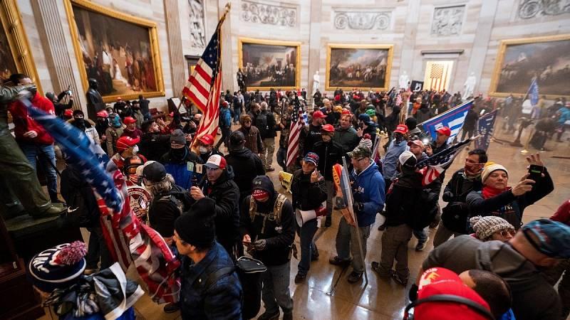 La acusación del 'impeachment' contra Trump presenta imágenes inéditas del asalto al Capitolio