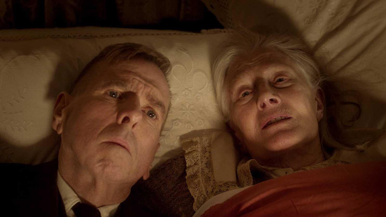 'La Sra. Lowry e hijo'