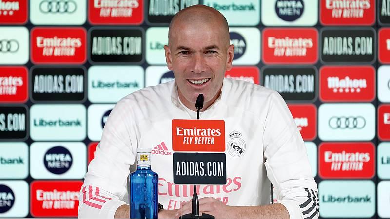 Zidane recupera a Carvajal y a Lucas mientras evita hablar sobre su futuro