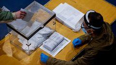 Avance informativo 14 horas - Jornada electoral Cataluña - 14/02/21