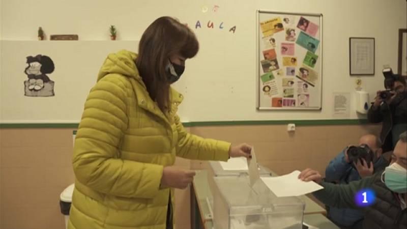 Els candidats del 14-F exerceixen el seu det a vot