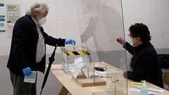 Avance informativo 17:30 horas - Jornada electoral Cataluña - 14/02/21