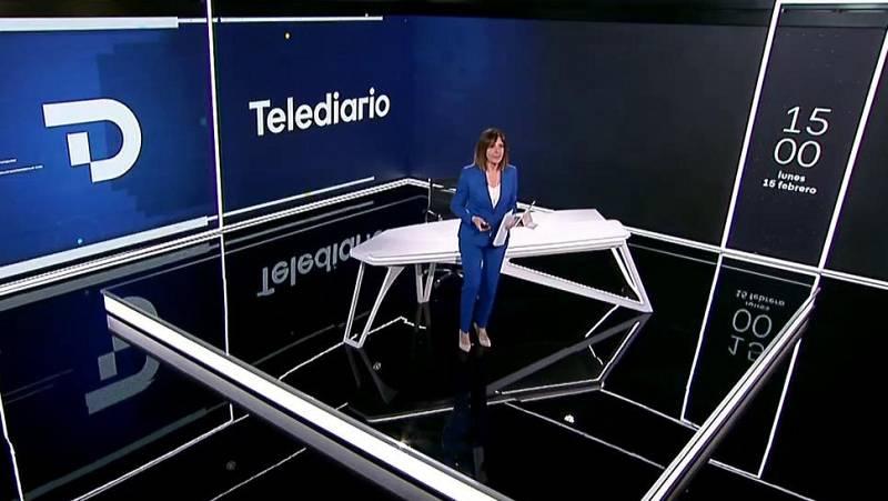 Los primeros minutos del nuevo Telediario: estrenamos sintonía, cabecera, decorado y rótulos
