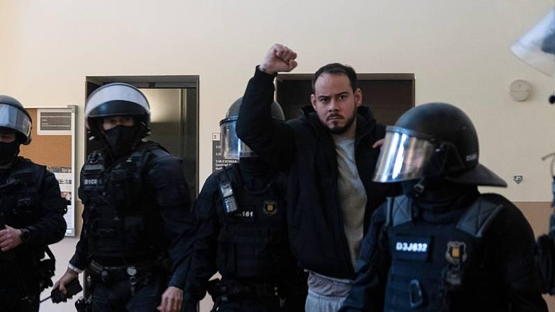 Los Mossos detienen al rapero Pablo Hasel en la Universidad de Lleida