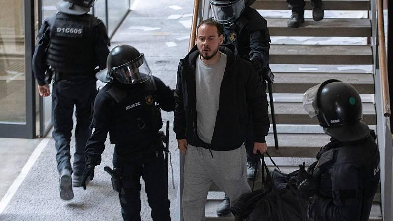 Los Mossos detienen al rapero Pablo Hasel en la Universidad de Lleida e ingresa en prisión