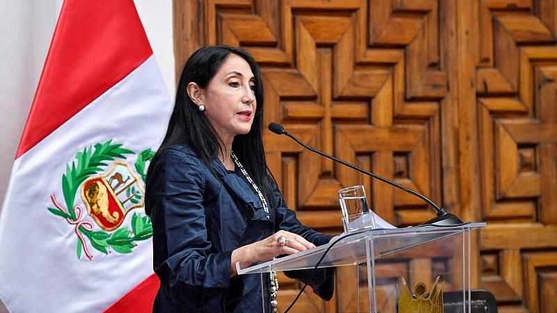 'Vacunagate' en Perú: casi 500 vacunados de forma irregular