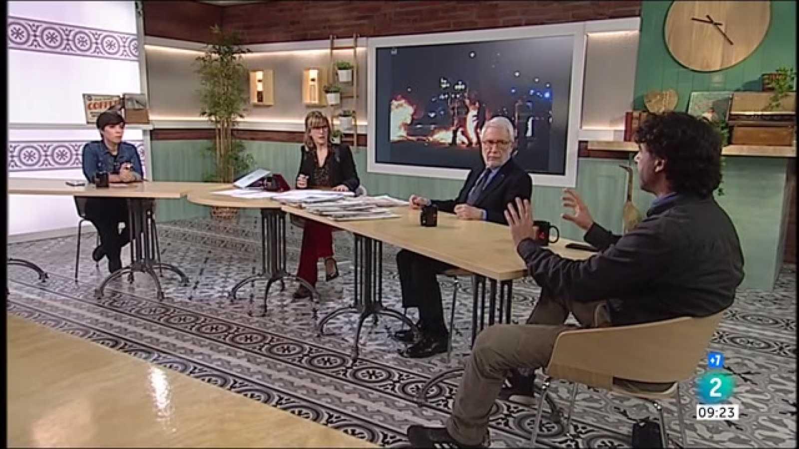 Marta Vilalta, Carme Elias i tercera nit d'aldarulls