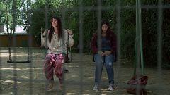 La caza. Tramuntana - Samiah se encuentra con Ester tras huir de Tramuntana