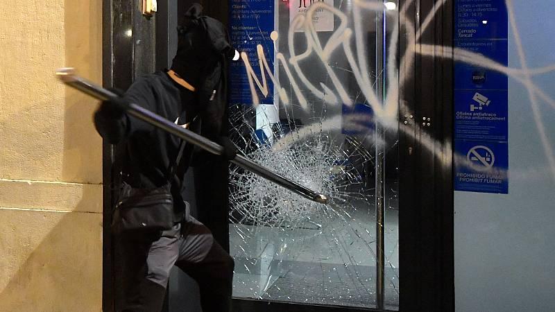 """La Policía identifica un """"perfil muy joven y extremadamente violento"""" en las protestas por Hasel"""