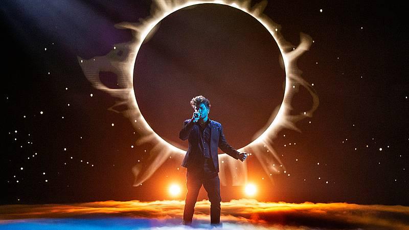 """Eurovisión 2021 - Blas Cantó canta """"Voy a quedarme"""" en 'Destino Eurovisión'"""