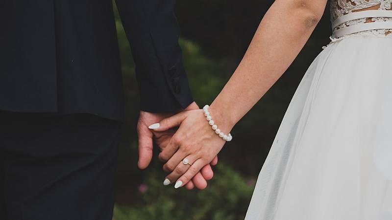'SOS, nos casamos', la revindicación de un sector en crisis