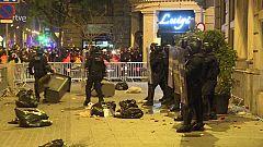 Sisena nit de protestes a Barcelona a favor de Pablo Hasél