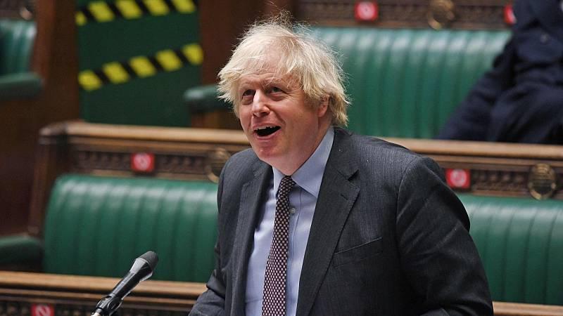 """El """"cauteloso desconfinamiento"""" presentado por Boris Johnson"""