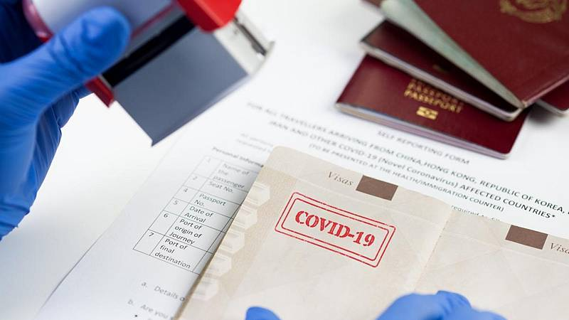 """Sanidad prefiere hablar de """"certificado"""" antes que de 'pasaporte de vacunación'"""