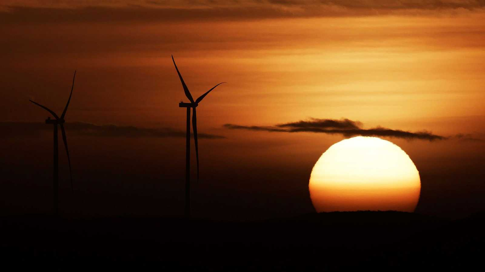 Intervalos de viento fuerte en Canarias, litoral gallego y litoral de Andalucía oriental - Ver ahora