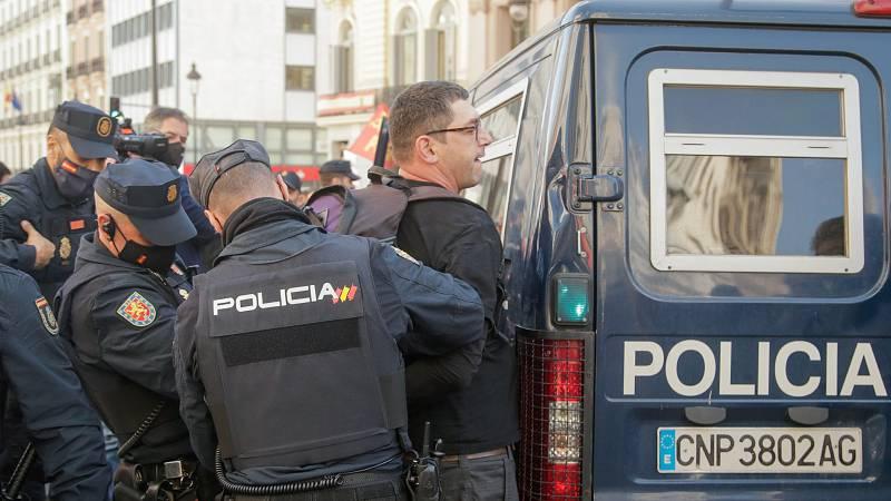 Incidentes en una manifestación contra la privatización de la Sanidad en Madrid