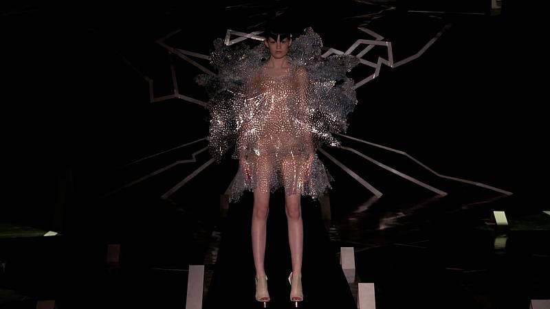 La noche temática - Rebelión en la moda - ver ahora