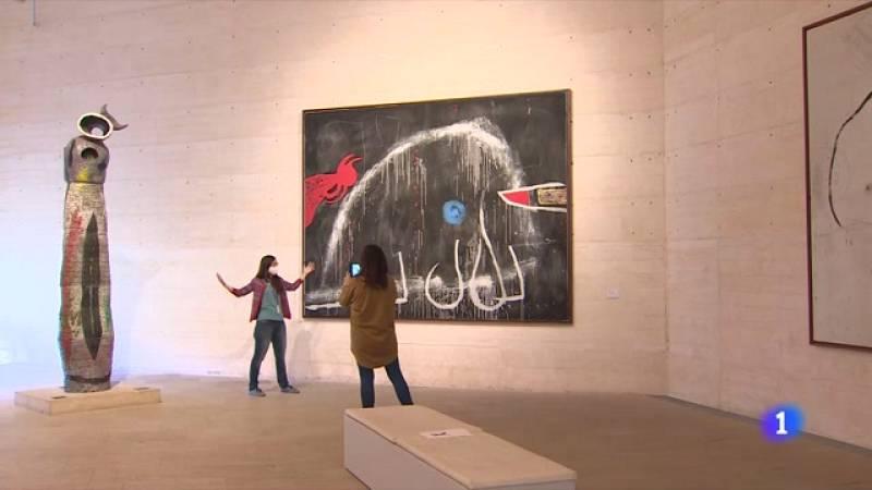 Miró conecta con los niños de una manera especial