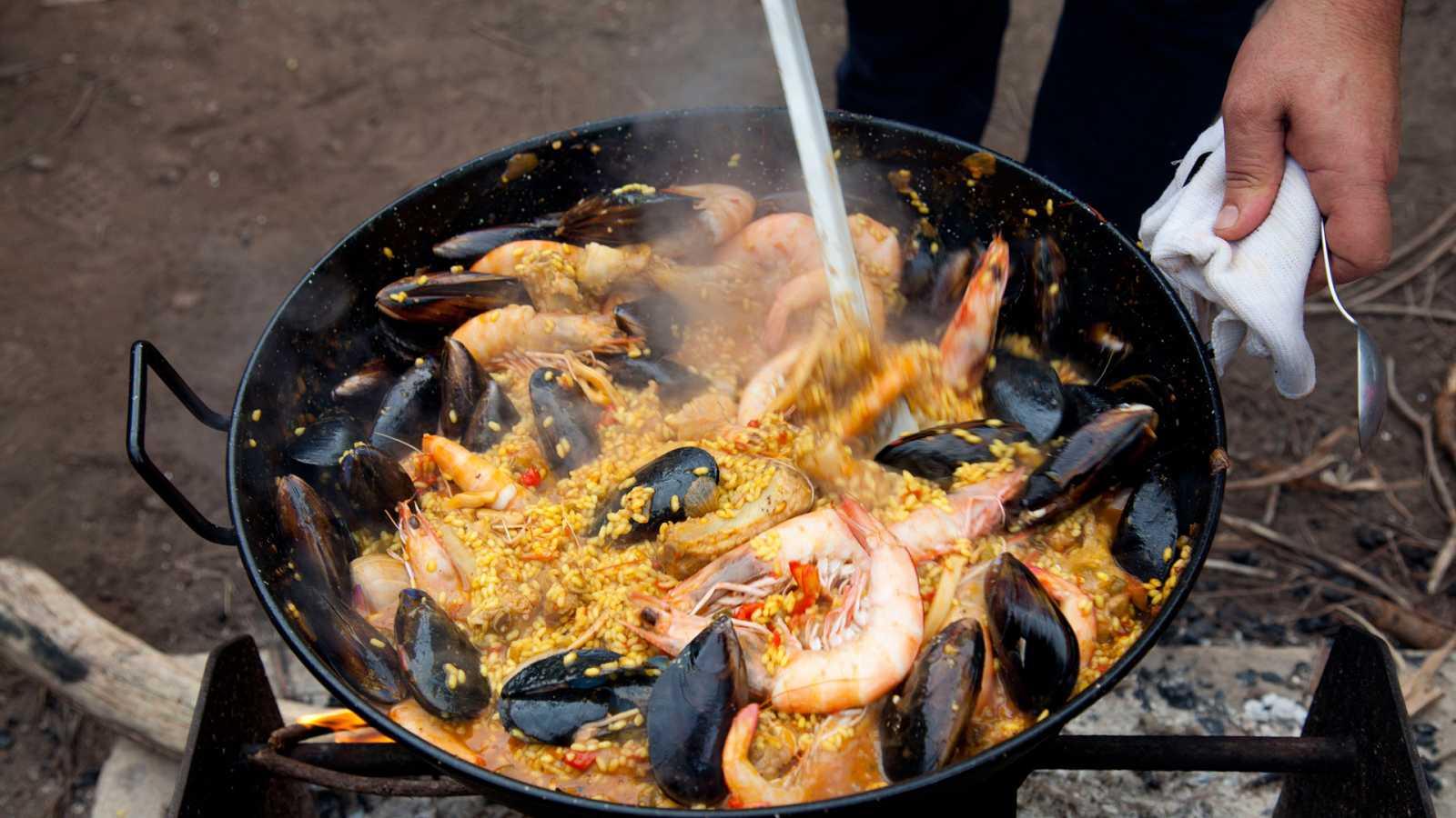 Otros documentales - Expediciones culinarias. Cocinar con fuego: Ollas y sartenes - ver ahora
