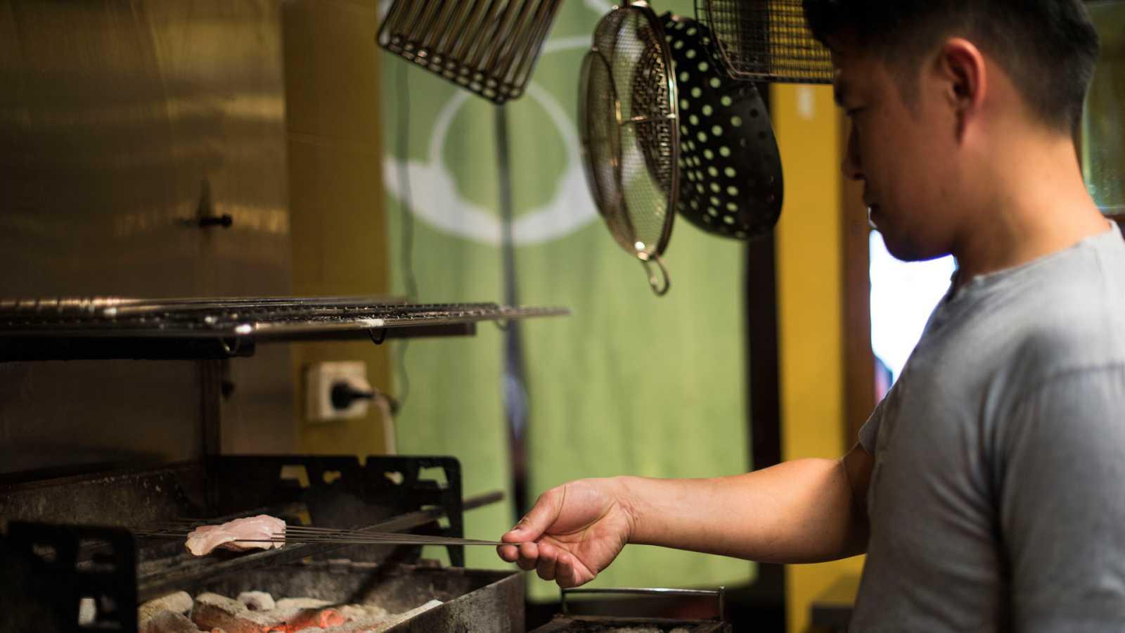 Otros documentales - Expediciones culinarias. Cocinar con fuego: La barbacoa asiática  - ver ahora