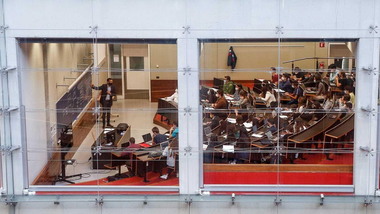El Gobierno eliminará las carreras universitarias de tres años