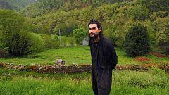 Óliver Laxe vuelve a la Galicia rural un año después de la nominación a los Goya de 'O que arde'