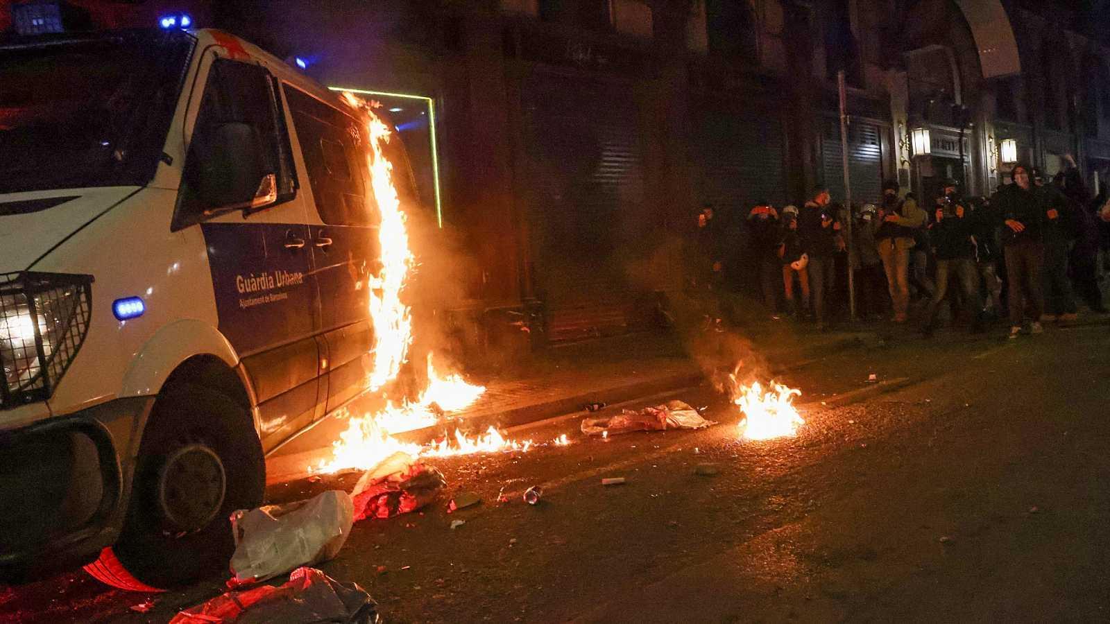 El juez ordena prisión para ocho detenidos por los graves disturbios en Barcelona