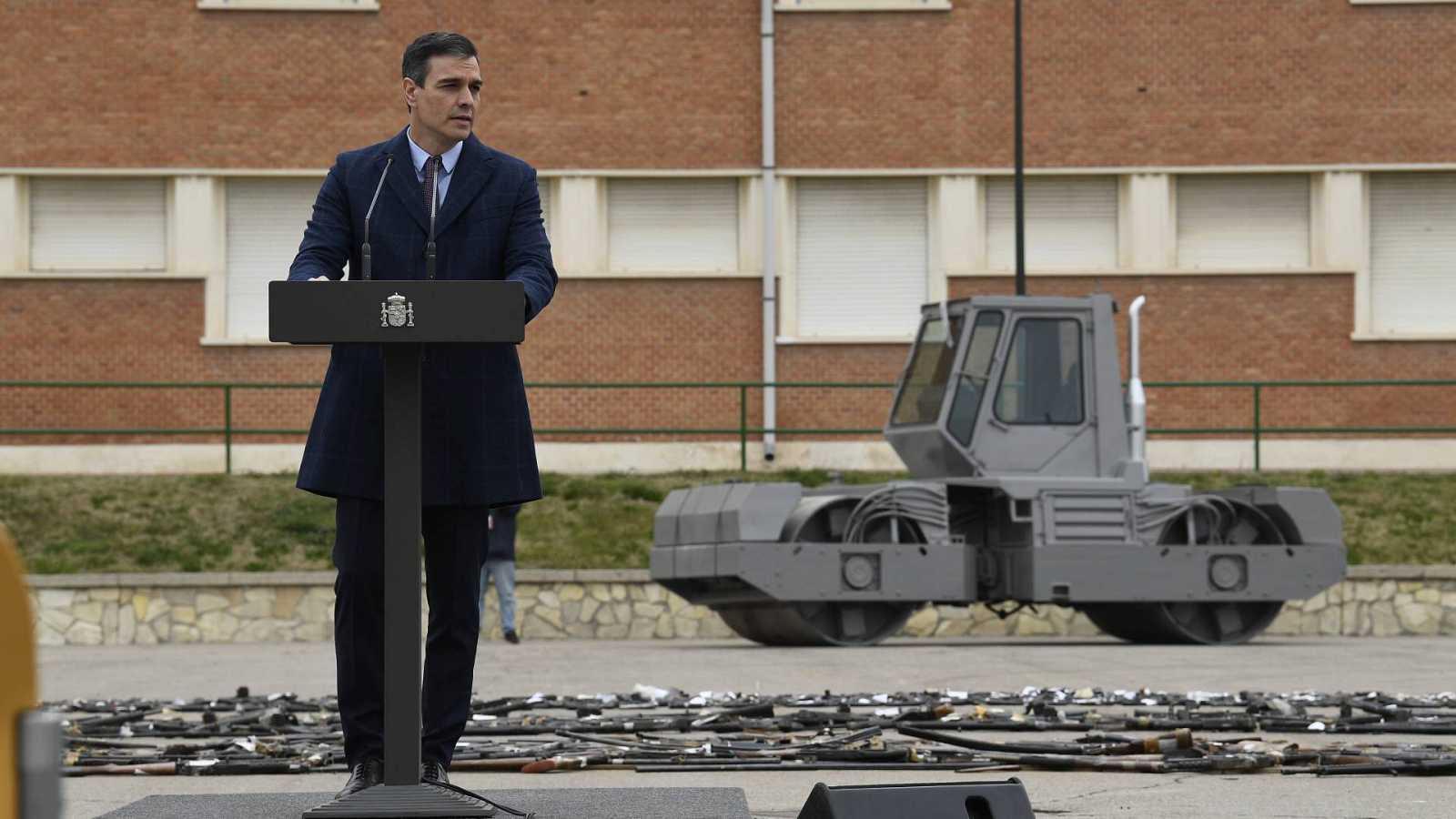El Gobierno destruye casi 1.400 armas incautadas a grupos terroristas en un acto simbólico