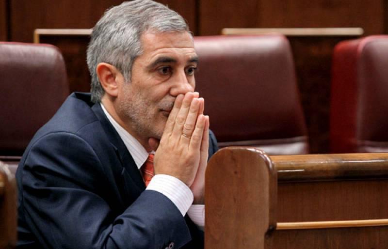 """Gaspar Llamazares (IU): """"En el Gobierno se está produciendo una disonancia excesiva. No está claro que PSOE y Podemos piensen lo mismo como Gobierno"""""""