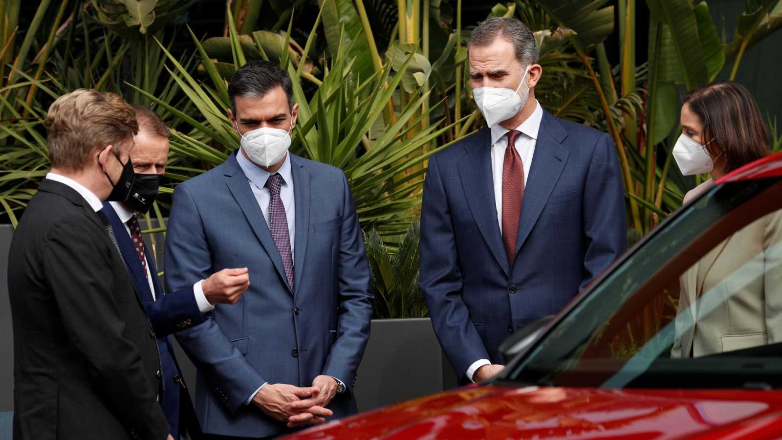 El rey respalda al sector automovilístico en su vuelta a Cataluña