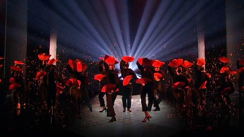 Abanicos y baile español reciben a Ángela Molina en los Goya 2021