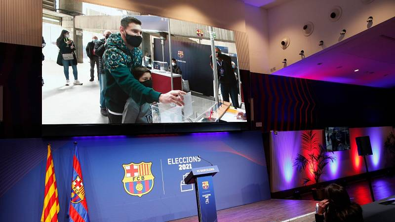 Leo Messi vota en las elecciones del Barcelona