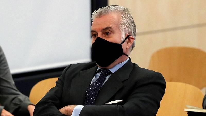 Bárcenas reitera ante el tribunal de la 'caja B' que Rajoy recibió sobresueldos