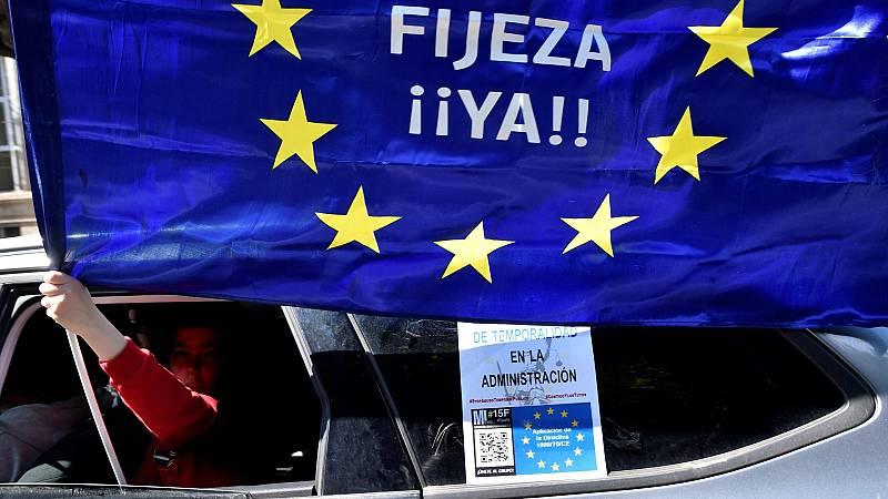 Caravanas de coches en más de treinta ciudades de España contra los abusos en la temporalidad de los contratos interinos