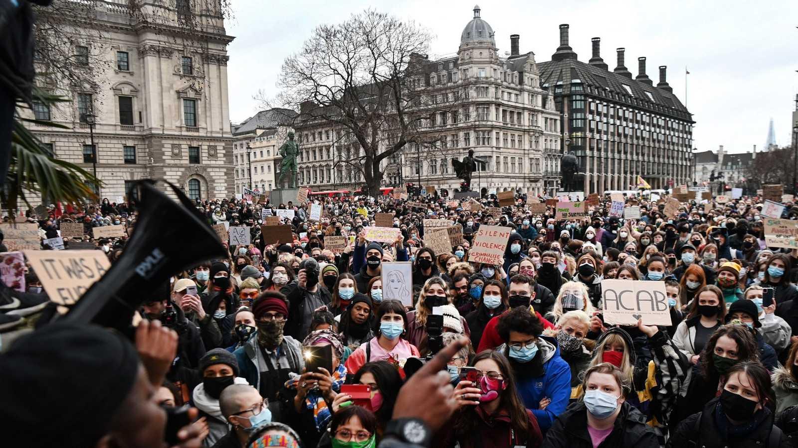 Protestas en el Reino Unido contra la brutalidad policial