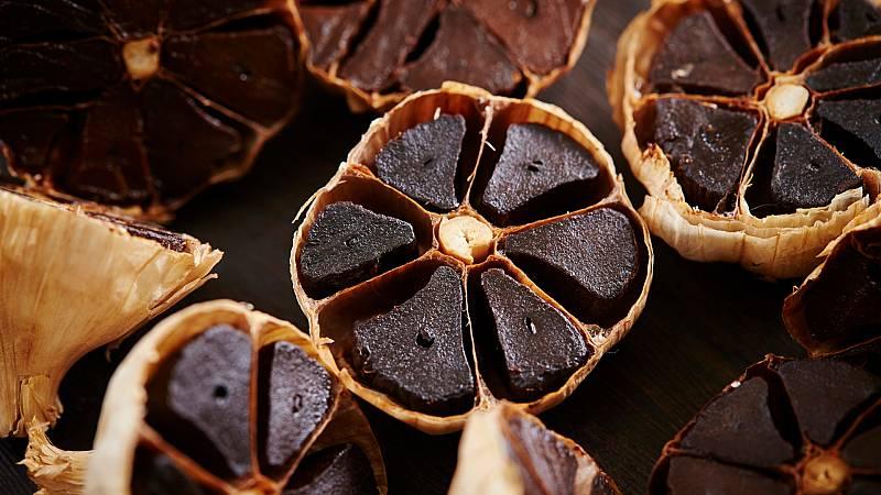 Aquí la Tierra - ¿Cuáles son las propiedades del ajo negro y cómo podemos comerlo?