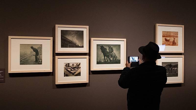 El Museo Nacional de Arte de Cataluña muestra imágenes inéditas de la Guerra Civil que escondió el fotógrafo Antoni Campañà