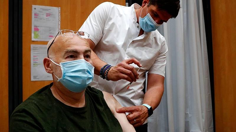 Francia, Italia y Alemania retoman la vacunación con Astrazeneca