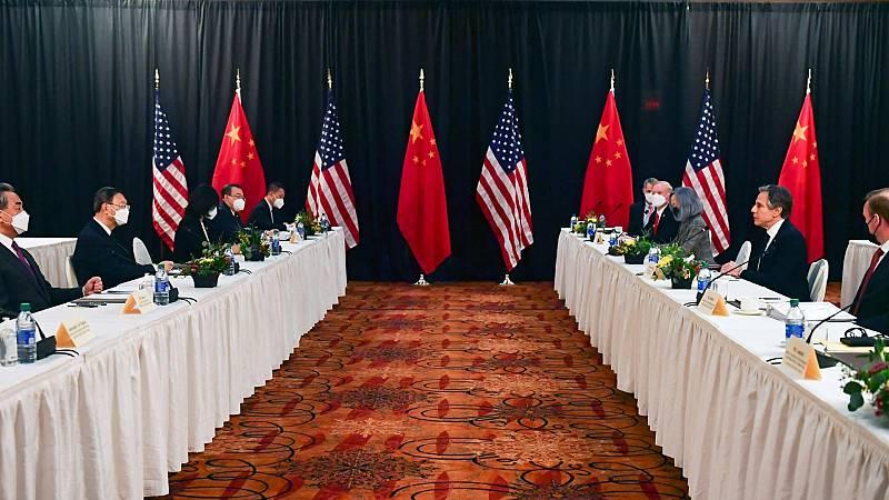 EE.UU. tensa las relaciones diplomáticas con China y Rusia